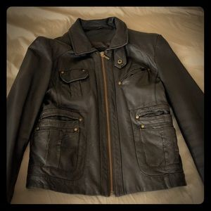 Excellent condition Brown leather jacket sz 6